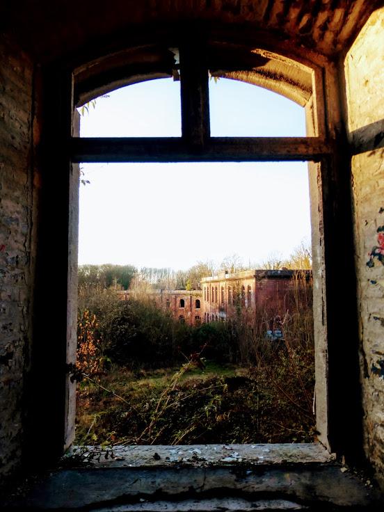 3-okno