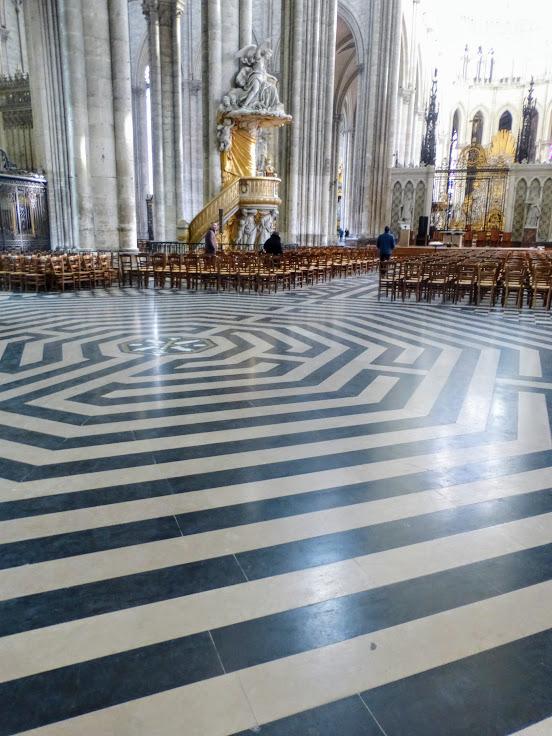 katedra-notre-dame-labirynt